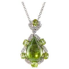 18 Karat White Gold Diamond and Peridot Pendant with Chain
