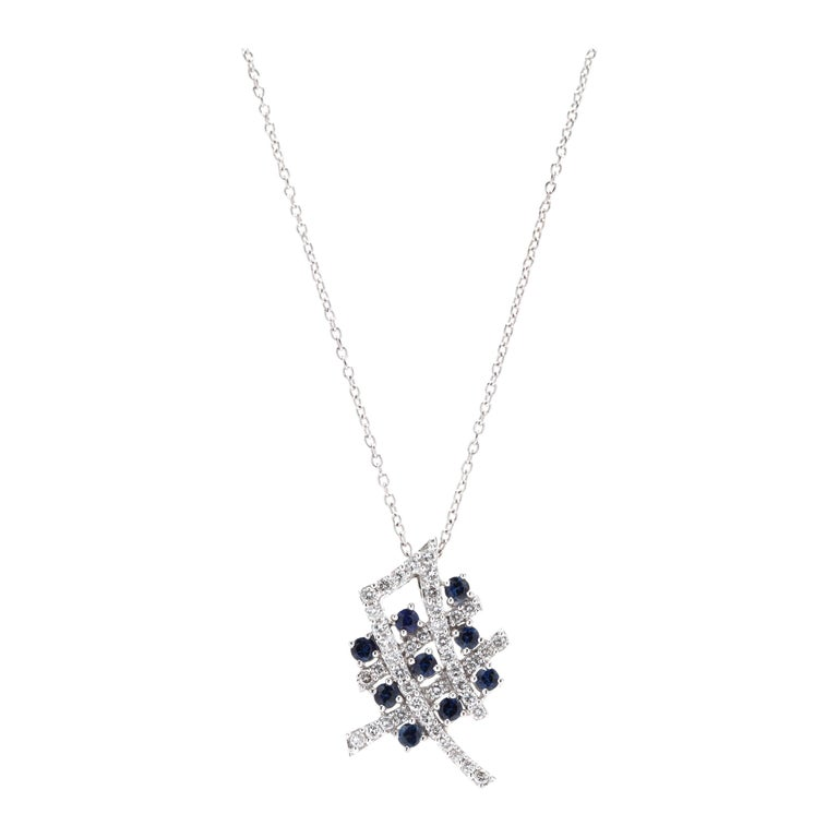 18 Karat White Gold Diamond and Sapphire Pendant Necklace For Sale