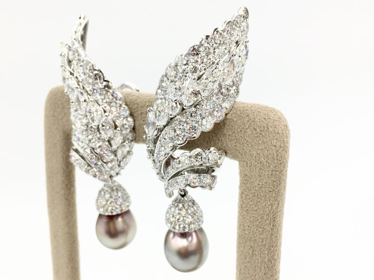 18 Karat White Gold Diamond and Tahitian Pearl Swirl Climber Earrings In Excellent Condition For Sale In Pikesville, MD