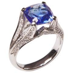 18 Karat White Gold Diamond and Tanzanite Cocktail Ring