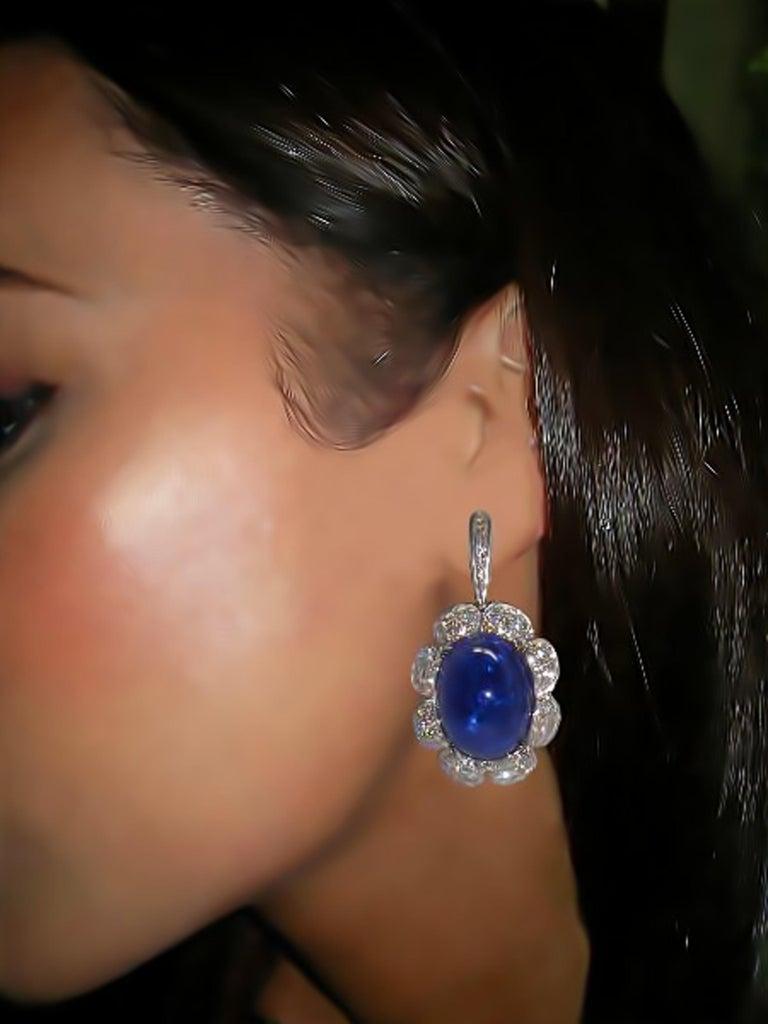 18 Karat White Gold Diamond and Tanzanite Drop Earrings For Sale 1