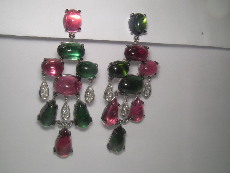 18 Karat White Gold Diamond and Tourmaline Dangle Earrings In New Condition For Sale In Duesseldorf, DK