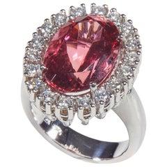 18 Karat White Gold Diamond and Turmaline Coktail Ring