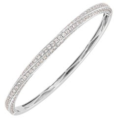 18 Karat White Gold Diamond Bangle '3 Carat'