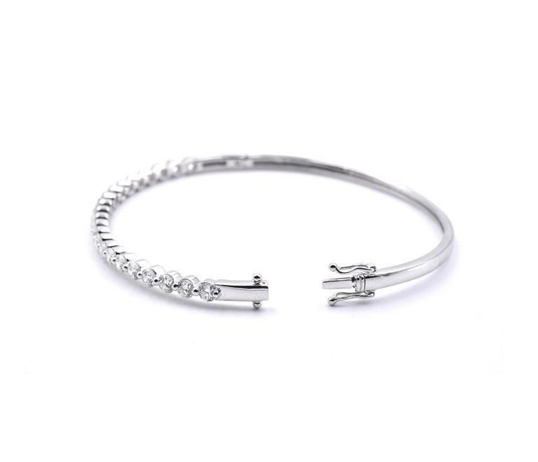 Round Cut 18 Karat White Gold Diamond Bangle Bracelet For Sale