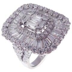 18 Karat White Gold Diamond Classic Baguette Cut Fancy Ring