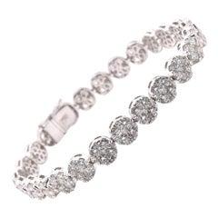 18 Karat White Gold Diamond Cluster Bracelet