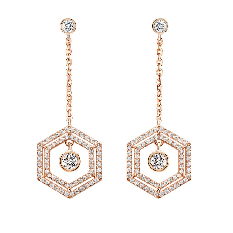 18 Karat White Gold Diamond Double Halo Earrings In New Condition For Sale In London, GB