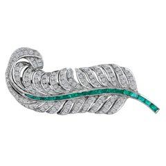 18 Karat White Gold Diamond Emerald Leaf Brooch