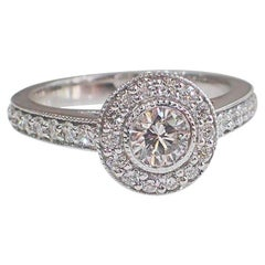 18 Karat White Gold Diamond Engagement Ring 0.78 Carat G VS1 Round Brilliant Cut