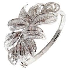 18 Karat White Gold Diamond Floral Organic Baguette Bangle Bracelet
