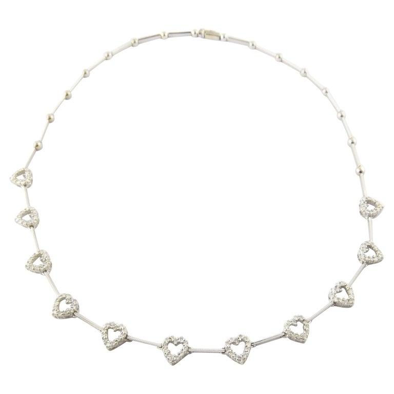 18 Karat White Gold Diamond Heart Necklace For Sale