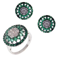 18 Karat White Gold Diamond Medium Emerald Flower Circle Earring Ring Set