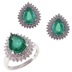 18 Karat White Gold Diamond Medium Emerald Pear Earring Ring Set