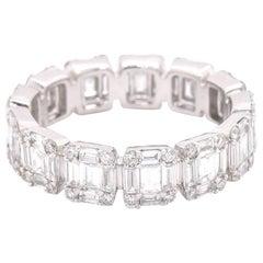 18 Karat White Gold Diamond Mosaic Band