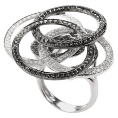18 Karat White Gold Diamond Open Circles Ring CRR7398