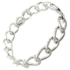 18 Karat White Gold Diamond Oval Link Bracelet