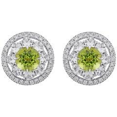 18 Karat White Gold Diamond Peridot Earrings
