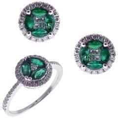18 Karat White Gold Diamond Small Emerald Circle Earring Ring Set