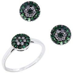18 Karat White Gold Diamond Small Emerald Flower Circle Earring Ring Set