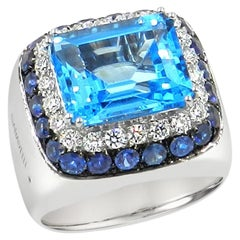 18 Karat White Gold Diamonds, Blue Sapphires and Blue Topaz Ring