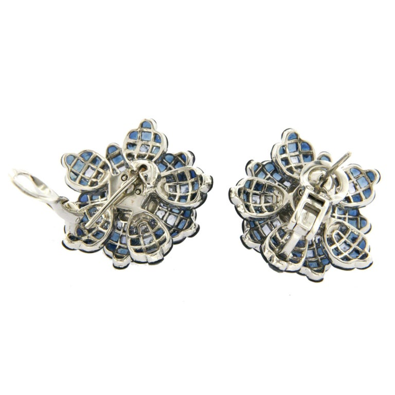 18 Karat White Gold Diamonds Invisible Set 34.26 Carat Blue Sapphire Earrings For Sale 1