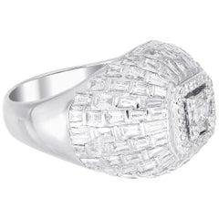 18 Karat White Gold Dome Emerald Illusion Diamond Cocktail Ring