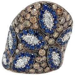 18 Karat White Gold Dome Ring with Sapphire and 3.85 Carat White, Brown Diamonds