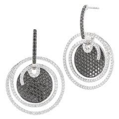 18 Karat White Gold Earring with Black and White Diamonds