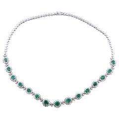 18 Karat White Gold Emerald and Diamond Fashion Necklace