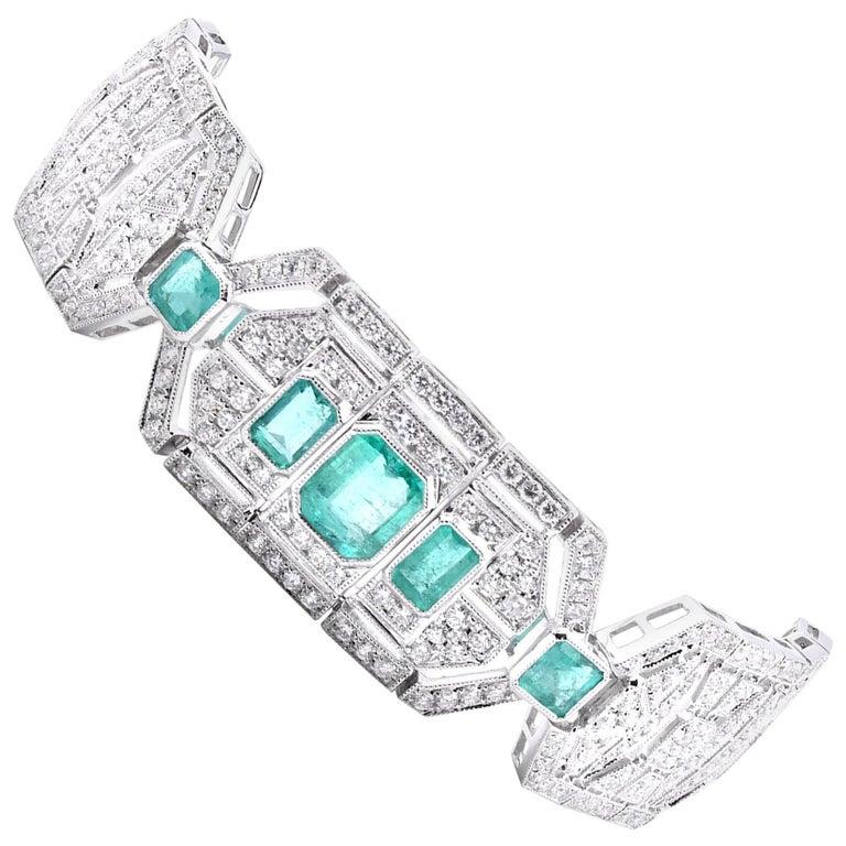 18 Karat White Gold Emerald and White Art Deco Style Bracelet For Sale
