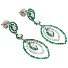 18 Karat White Gold Emerald Diamond Cocktail Earring