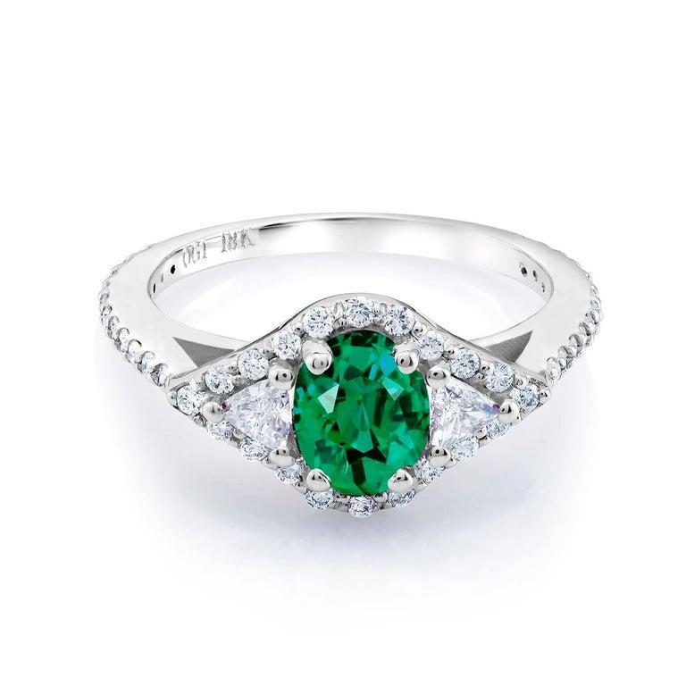 18 Karat White Gold Emerald Diamond Cocktail Ring Weighing