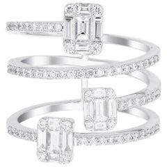 18 Karat White Gold Emerald Illusion Diamond Spiral Ring