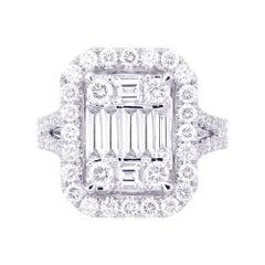 18 Karat White Gold Emerald Illusion Diamond Wedding Ring