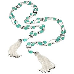 18 Karat White Gold Emerald, Pearl and Diamond Lariat Necklace