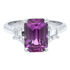 18 Karat White Gold Emerald Pink Sapphire Diamond Engagement Ring