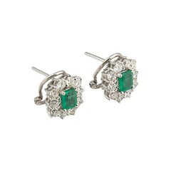 18 Karat White Gold Emeralds Diamonds Earrings