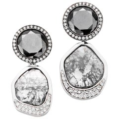 18 Karat White Gold Extraordinary Pair of Unique Diamond Stud Dangle Earrings