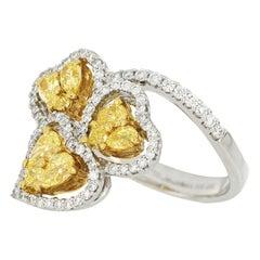 18 Karat White Gold Fancy Yellow Diamond Fashion Ring