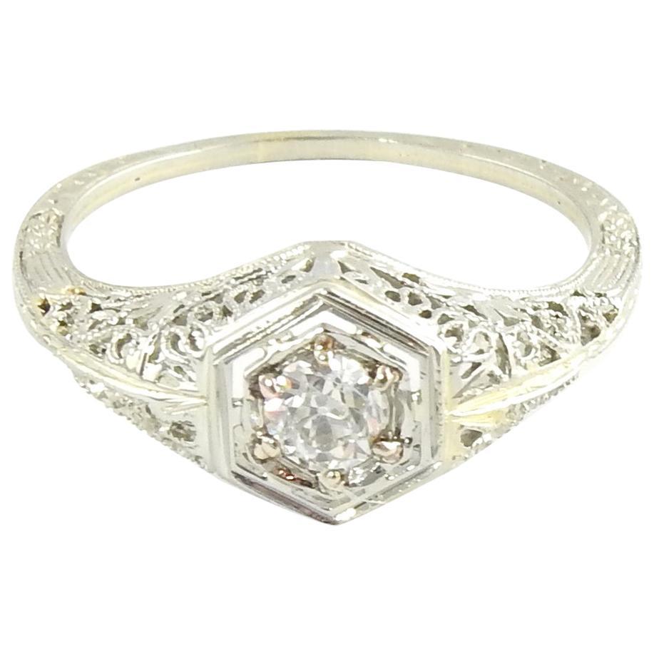 18 Karat White Gold Filigree Diamond Ring