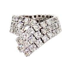 18 Karat White Gold Flexible Diamond V Style Ring