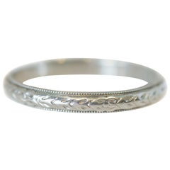 18 Karat White Gold Floral Etched Milgrain Wedding Band, circa 1930s