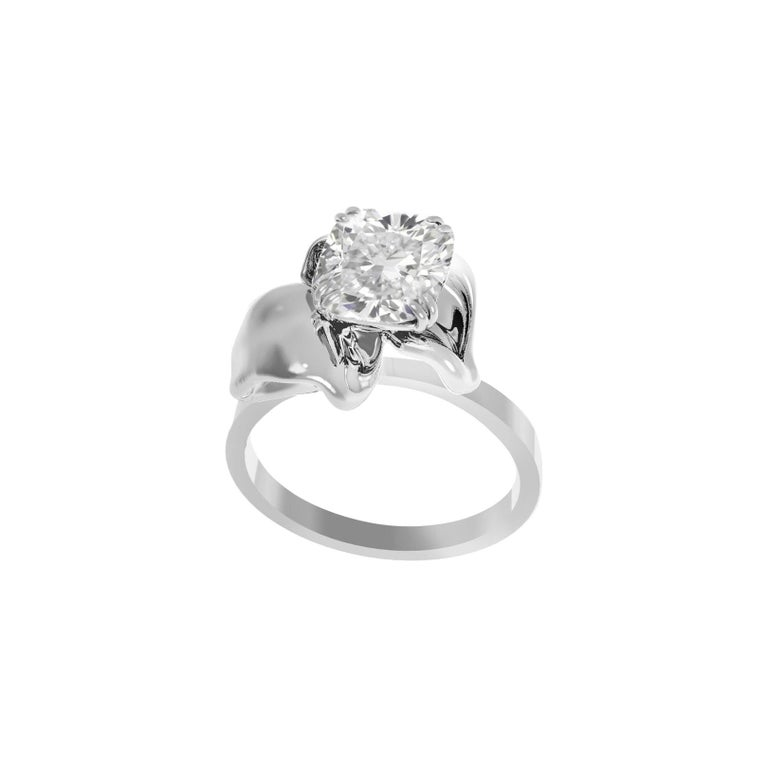 18 Karat White Gold Flower Engagement Ring with GIA Certified 1.01 Carat Diamond For Sale