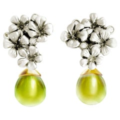 18 Karat White Gold Flowers Clip-On Earrings by the Artist with Diamonds