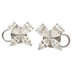 18 Karat White Gold  Gilin Butterfly Diamond Stud Earrings