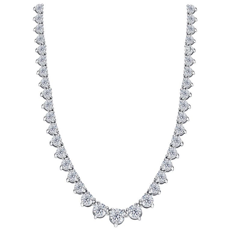 18 Karat White Gold Graduated 10 Carat Round Diamond Claw Set Tennis Necklace