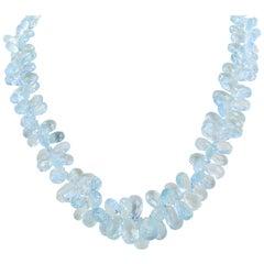 18 Karat White Gold Graduated Aquamarine Briolette and Diamond Necklace, Roberto