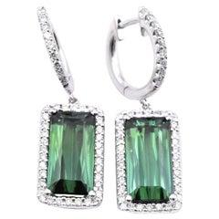 18 Karat White Gold Green Tourmaline and Diamond Drop Earrings