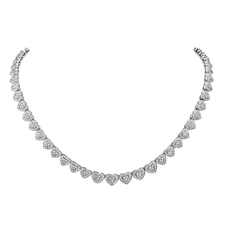18 Karat White Gold Heart Shape Diamond Riviera Necklace For Sale
